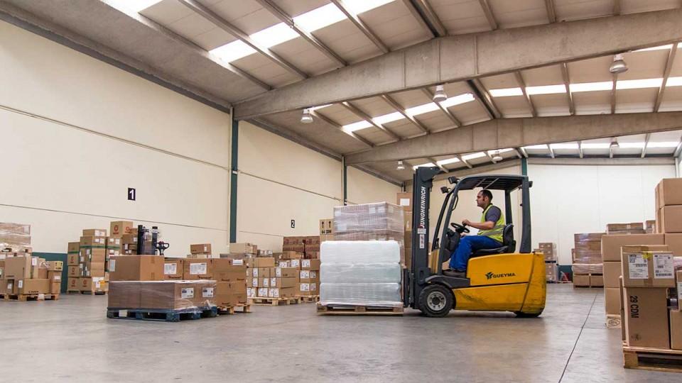 Organización almacén logístico
