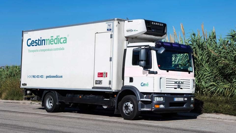 Camión refrigerado media carga Gestinmédica