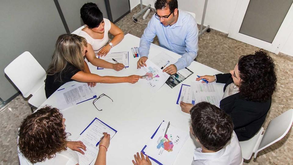 Equipo Gestinmédica planifica su distribución nacional