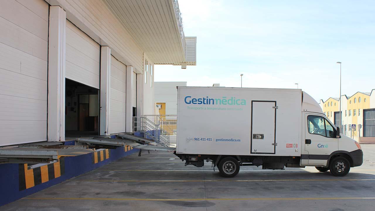 Muelle de carga instalaciones Gestinmédica