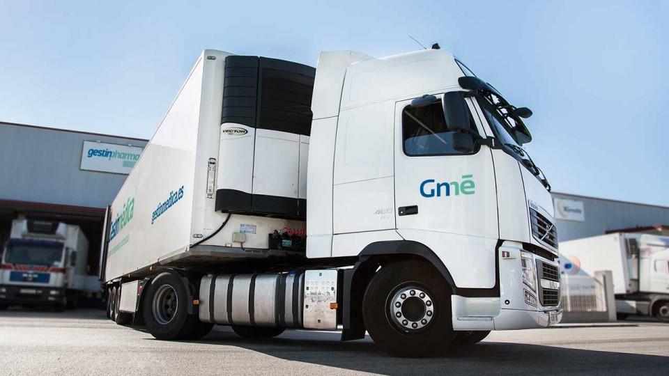 Camión trailer para transporte de medicamentos