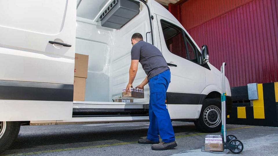 Furgoneta de transporte para productos Pharma