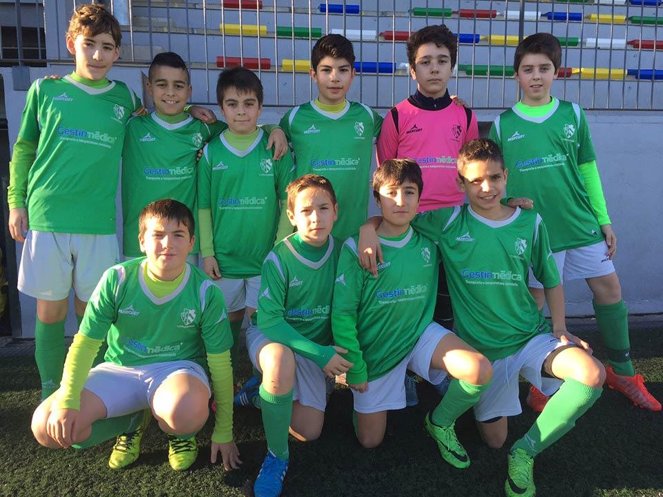 Gestinmédica apoyo al deporte patorcinando a equipo de fútbol sala